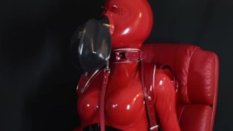 breathcontrol in tight latex